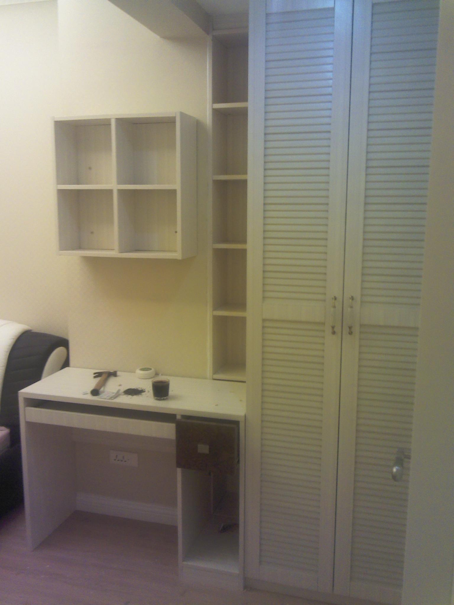 书桌带衣柜